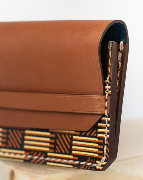 Picture of CARD HOLDER FLAP BRW
