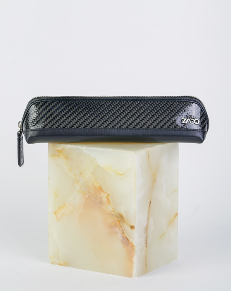 Picture of GLOSSY CARBON PEN CASE BLACK