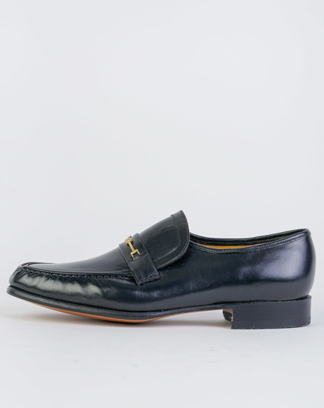 Picture of LAURIE - BLACK CLASSIC SHOES