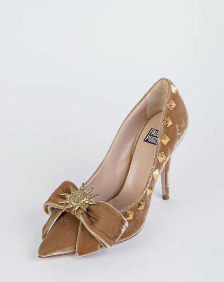 Picture of VELVET BOW WITH POINTED TOE PUMPS