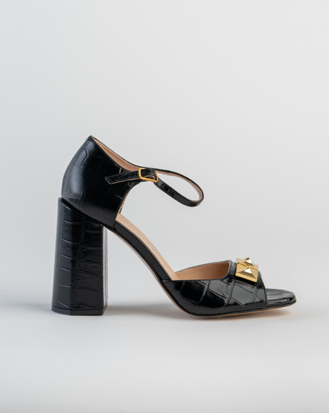 Picture of POPPY PYRAMID STUD SANDAL