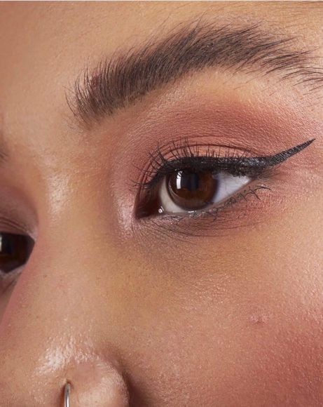 Picture of EYELINER STAMP INTENSE BLACK - TO THE POINT