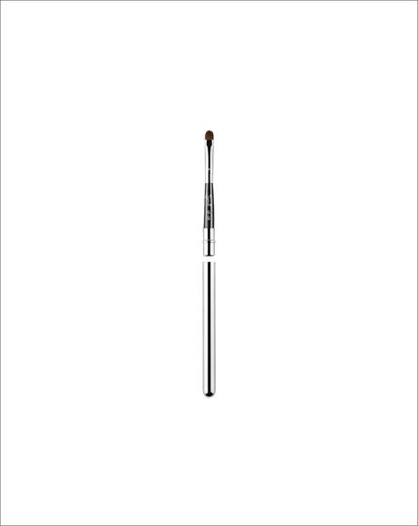 Picture of L05 LIP BRUSH - BLACK/CHROME