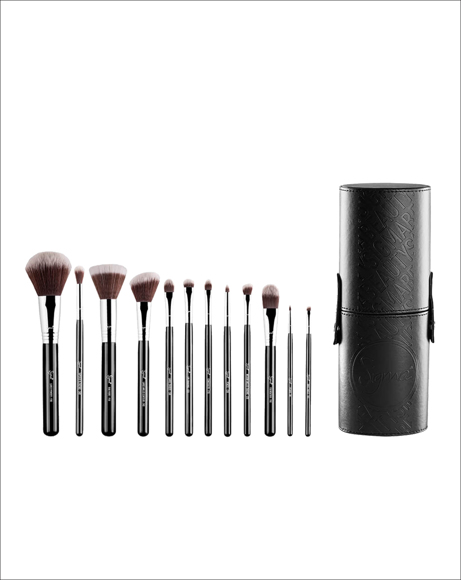 Picture of ESSENTIAL BRUSH KIT - MR. BUNNY