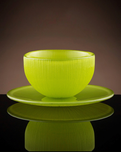 Picture of FIREFLY TEA BOWL & SAUCER IN GREEN