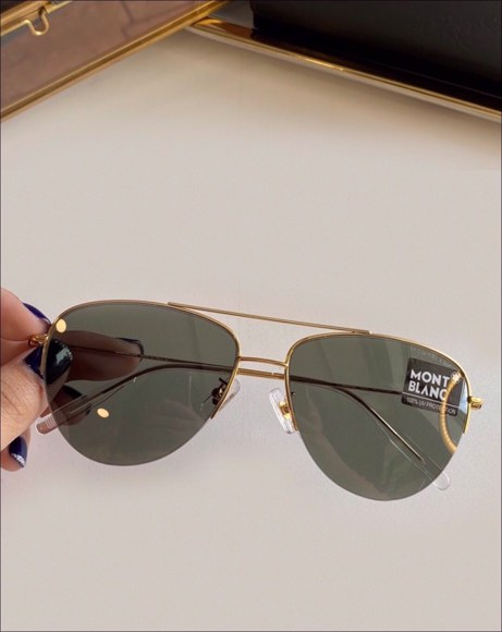 Picture of GREY LENS SUNGLASSES