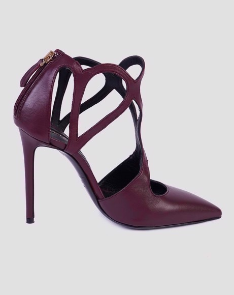 Picture of CUT DETAIL HEELED PUMPS
