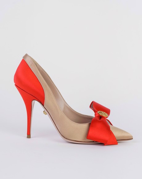 Picture of BOW EMBELLISHED PUMPS