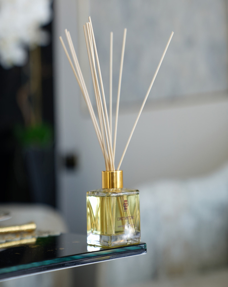 Picture of CONSTANTINE : NEROLI STEMMING FROM ORANGE BLOSSOM - REED DIFFUSER