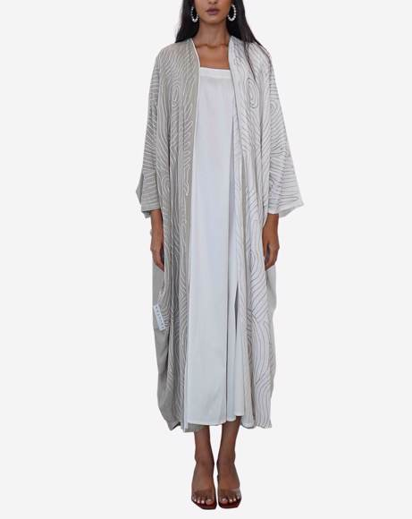 Picture of WHITE AND BAIGE ABAYA
